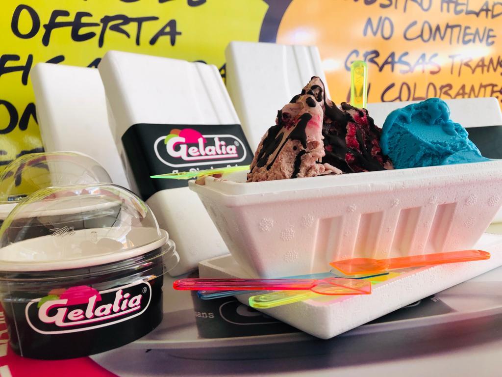 tarrina de helado sin lactosa sin gluten para llevar heladeria pineda salou